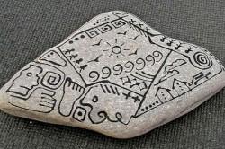 Роспись камней акриловыми красками