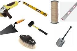 Инструменты для укладки дорожки из камня